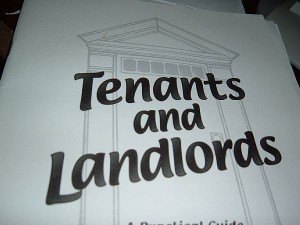 landlord and tenant refundable deposit